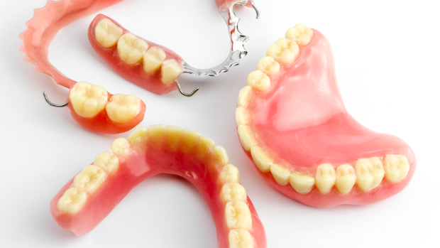 an image of full dentures | dentist Humble tx